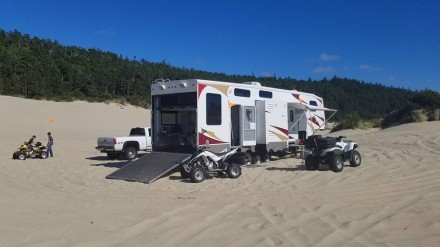 Camping at the Dunes Photo 1